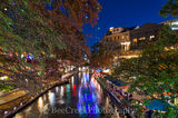 Christmas, Riverwalk, San Antonio, festive, festivities, holdiay, lights, music, restautants, river boat trail, singing