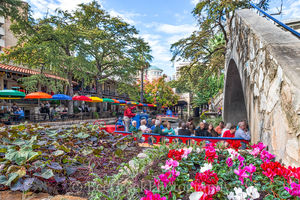 Bridge, Cafe Rio, River Walk, San Antonio, cityscape, colorful, flowers, landscape, pedestrian, restaurant, river boats, umbrellas