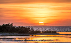 South Padre Island, Sunset, landscape,  Laguna Madre, Sunset over south padre island, bay, beach, coast, coastal landscapes, coastal plains, dunes, images of South Padre, island, photos of South Padre