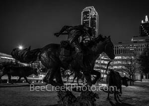 Dallas, skyline, Pioneer Plaza, dallas parks, Pioneer park, Dallas Convention Center, cattle drive,  downtown dallas, longhorn bronze statues, horse, cowboy,  trail rider, steer, historic, Shawnee Tra