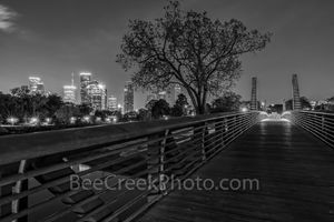 Houston skyline, houston, carruth pedestrian bridge, bw, black and white, bridge, Police Memorial, blue lights, Kinder Foundation, Buffalo Bayou, 160 acre park, shepherd drive, sabine street, dark,