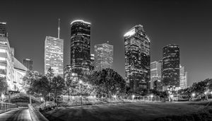 Houston, bagby to sabine, promenade, bridge, downtown, skyline, BW, black and white, dusk, pedestrian bridges, america, cityscapes, buffalo bayou, water, reflections, stock bridge photos, stock bridge