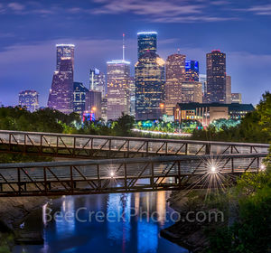 Houston skyline, Rosemont, pedestrian bridge, pano, panorama, buffalo Bayou, downtown,night, city, parks, cultural events, theater district, sports, music, events, performing arts, art groups, opera,