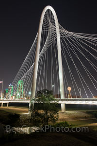 Margaret Hunt Hill Bridge, bridge, Dallas, skyline, Dallas Texas, Dallas skyline, images of dallas, photos of dallas, pictures of dallas, stock photos of dallas, vertical,