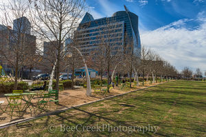 Dallas, Kyle Warren Park, downtown, views, city, city view, food trucks, restaurnat, concerts, events, exercise,