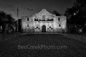 The Alamo in San Antonio in black and white, San Antonio, historic,