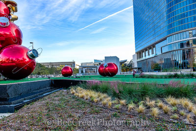 Texas Christmas, Christmas, Dallas, bars, cities, city, cityscape, cityscapes, downtown, giant red ornaments, holiday, christmas decorations, lifestyle, restaurants, holiday in dallas,