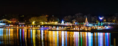 marble falls, texas, walkway of lights, texas Christmas, lake marble falls, downtown marble falls, small town, christmas, holiday lights, reflections, pano, panorama, texas hill country,