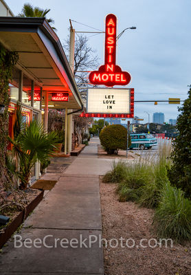 Austin Motel SOCO Sign