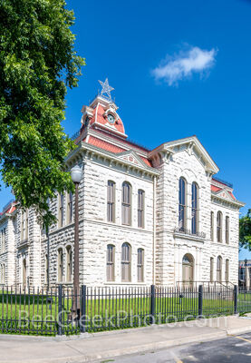 lampasas county courthouse, lampasas, court house, courthouses, texas hill country, texas, county courthouses, hill country, texas, rural, rural courthouse, trees,