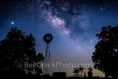 texas, windmill, water tank, prickly pear cactus, silouette, milky way, night sky, stars, galaxy, texas hill country, celestial, starry night, night, dark sky, dark skies, star, starscapes, venus,