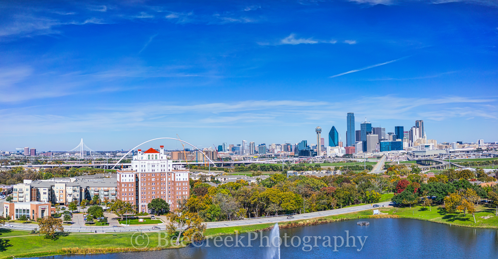 Bridge, Dallas, Foutain Place, Heritage Plaza, Margaret Hunt Hill bridge, Omin, bank of america, city, cityscape, cityscapes, fountain, park, reunion tower, skyline, water, photo