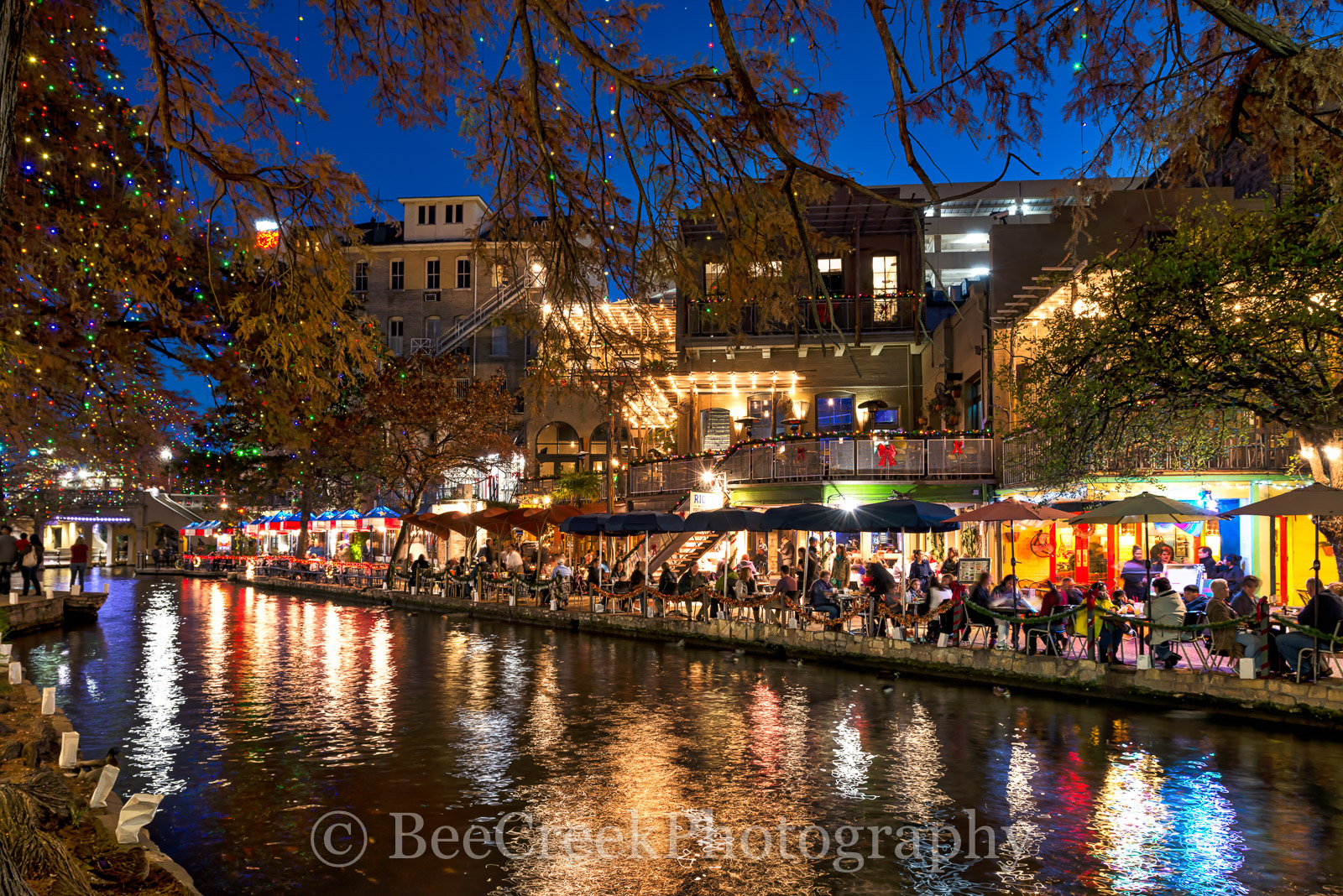 Riverwalk at Christmas, Christmas, River Walk, Riverwalk, San Antonio, boats, cityscape, cityscapes, decorations, festive, festivities, holiday, lights, season, photo