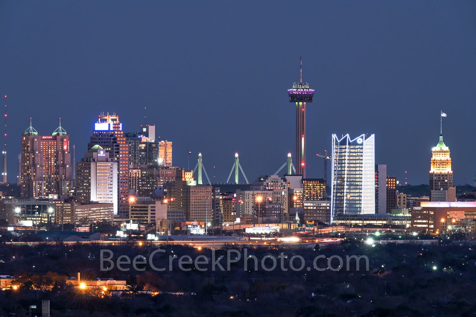San Antonio Skyline Night, san antonio, skyline, night, san antonio skyline pictures, images of san antonio,  Frost, landmarks, Tower of Americas, Life Tower, texas hill country, riverwalk, alamo, mis, photo