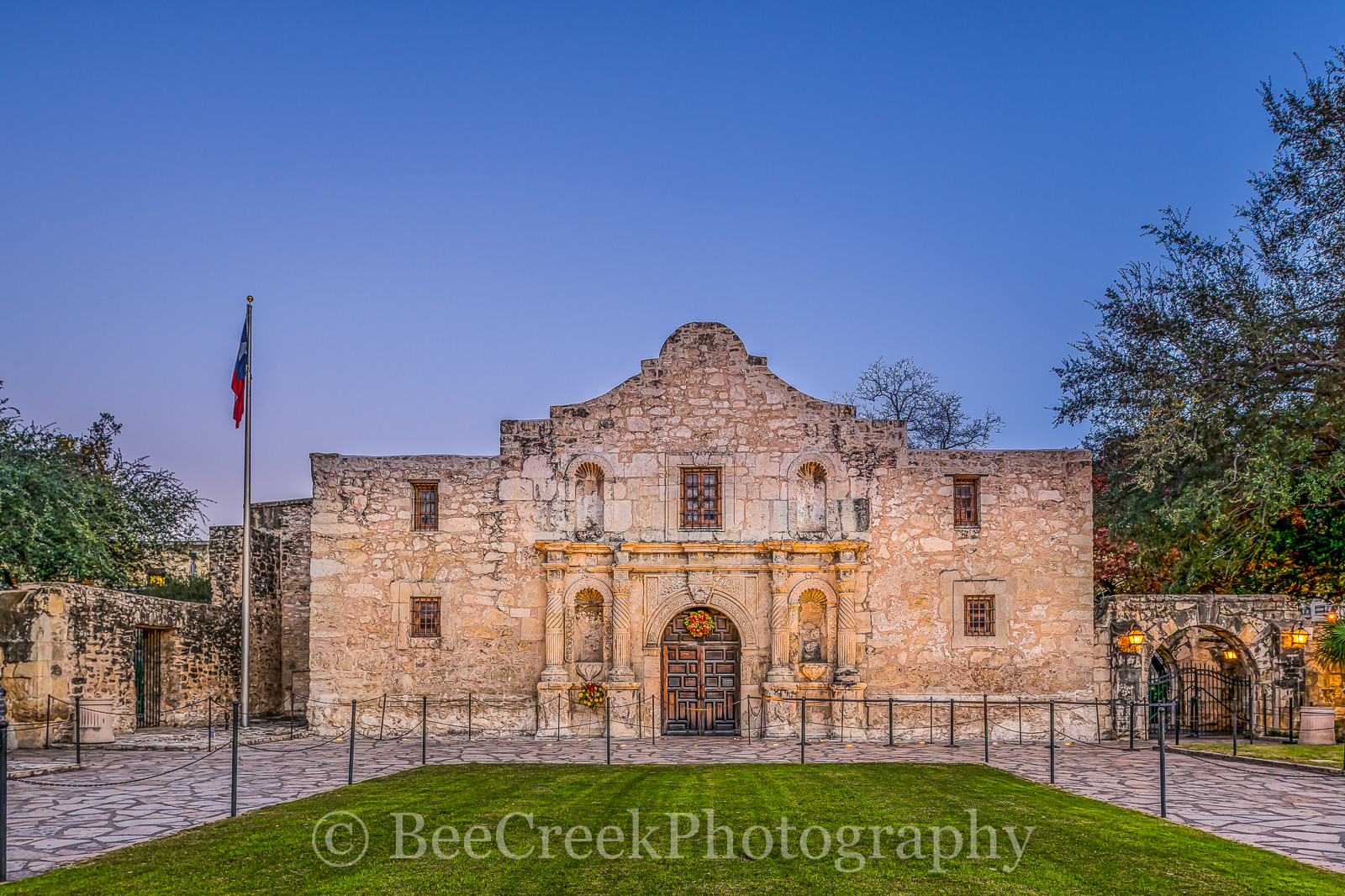 Alamo, San Antonio, Santa Anna, city, cityscape, cityscapes, downtown, dusk, historic, history, landmark, mexico, mission, missions, tourist, twilight, photo