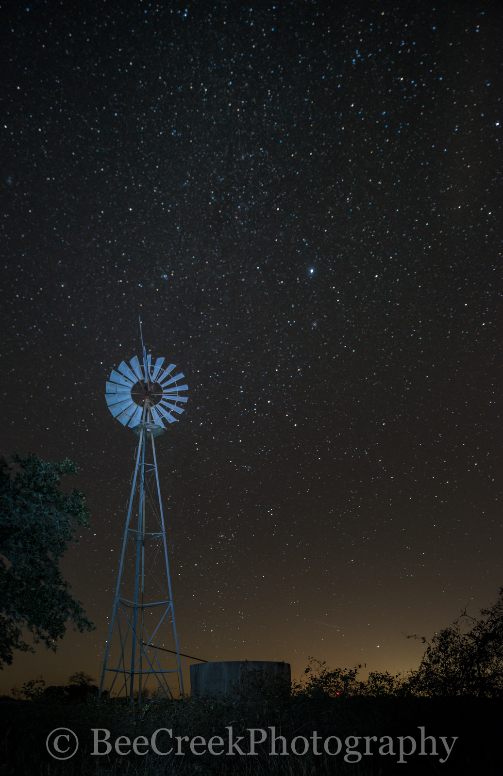 images of stars, images of windmill, night skys, photo of stars, photos of windmill, pictures of stars, pictures of windmills, rural night images, stars, windmill and stars, photo