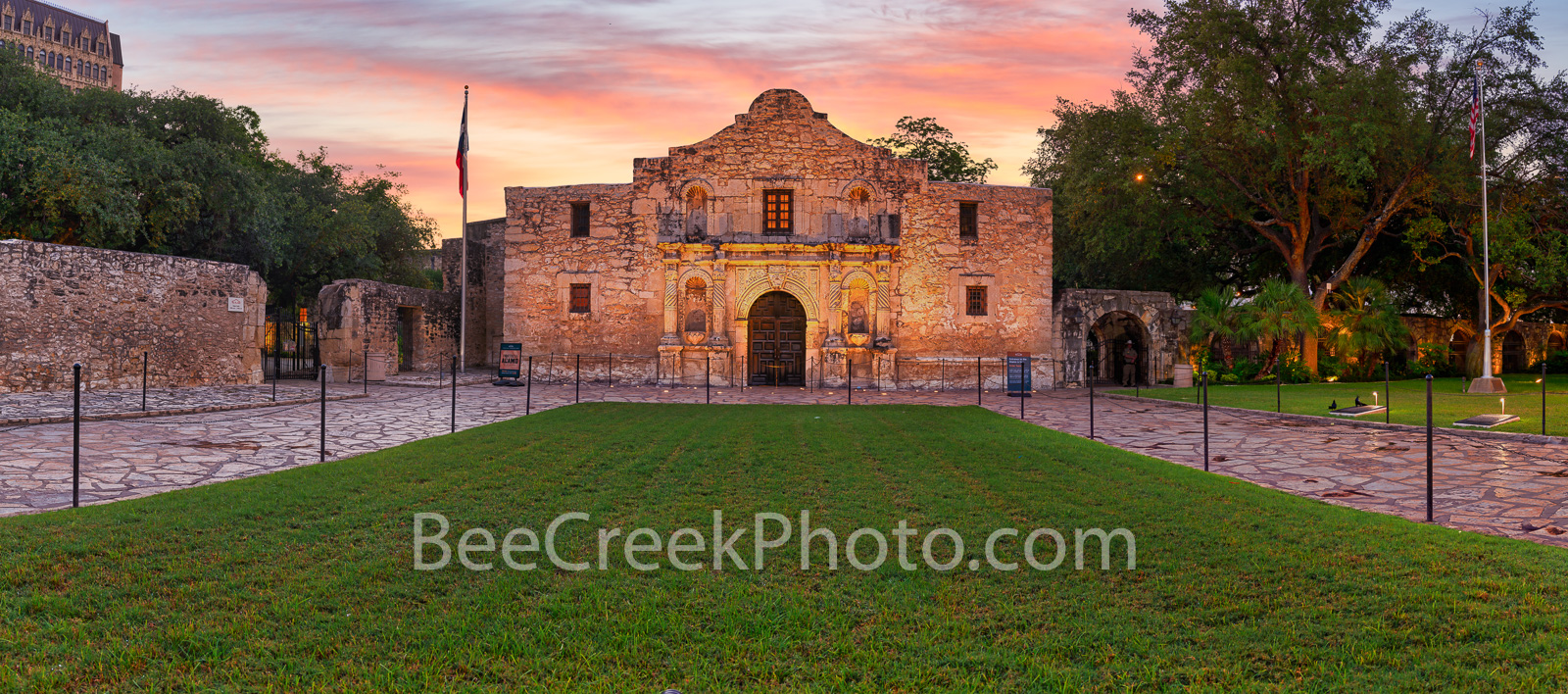 Texas Alamo, San Antonio, Alamo sunrise pano, historic, history, landmark, pano, panorama, downtown, city, mission, sunrise, dusk, twilight, sunset, Santa Anna, mexico, tourist, travel, historic landm, photo