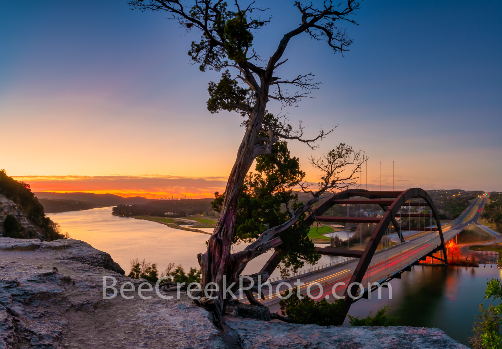 Texas, Austin,  Austin 360 bridge, pennybacker bridge, Austin Texas, Downtown Austin, urban, Lake Austin, colorado river, sunrise, glow, boating, fishing, cliff,, photo
