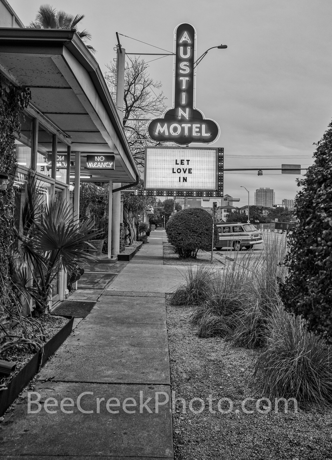 soco, south congress, austin, texas, austin texas, austin downtown, black and white, bw, b w, tourist, austin hotel, sign, austin motel, austin texas, veritcal, , photo