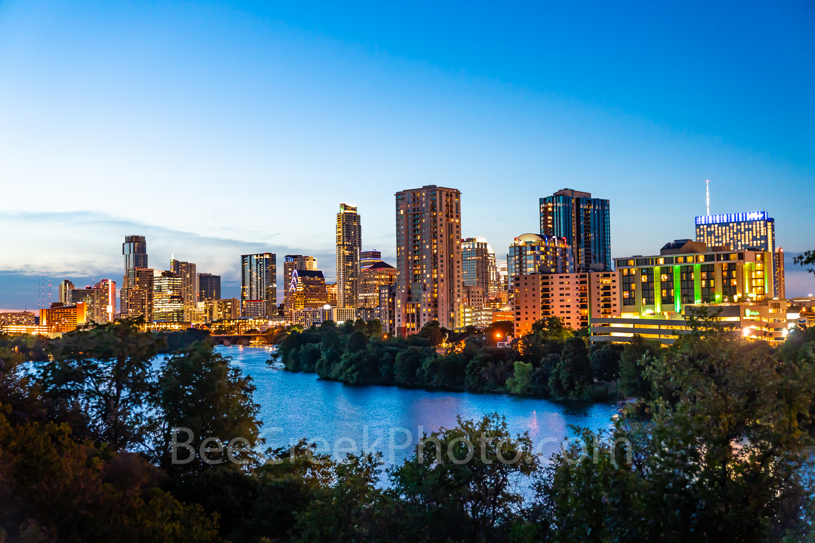 Austin Skyline View , Twilight,  Austin Skyline , Austin cityscape, austin twilight cityscapes, downtown, shoreline, lady bird lake, town lake, cityscape, Independent, Austonian, buildings, texas skyl
