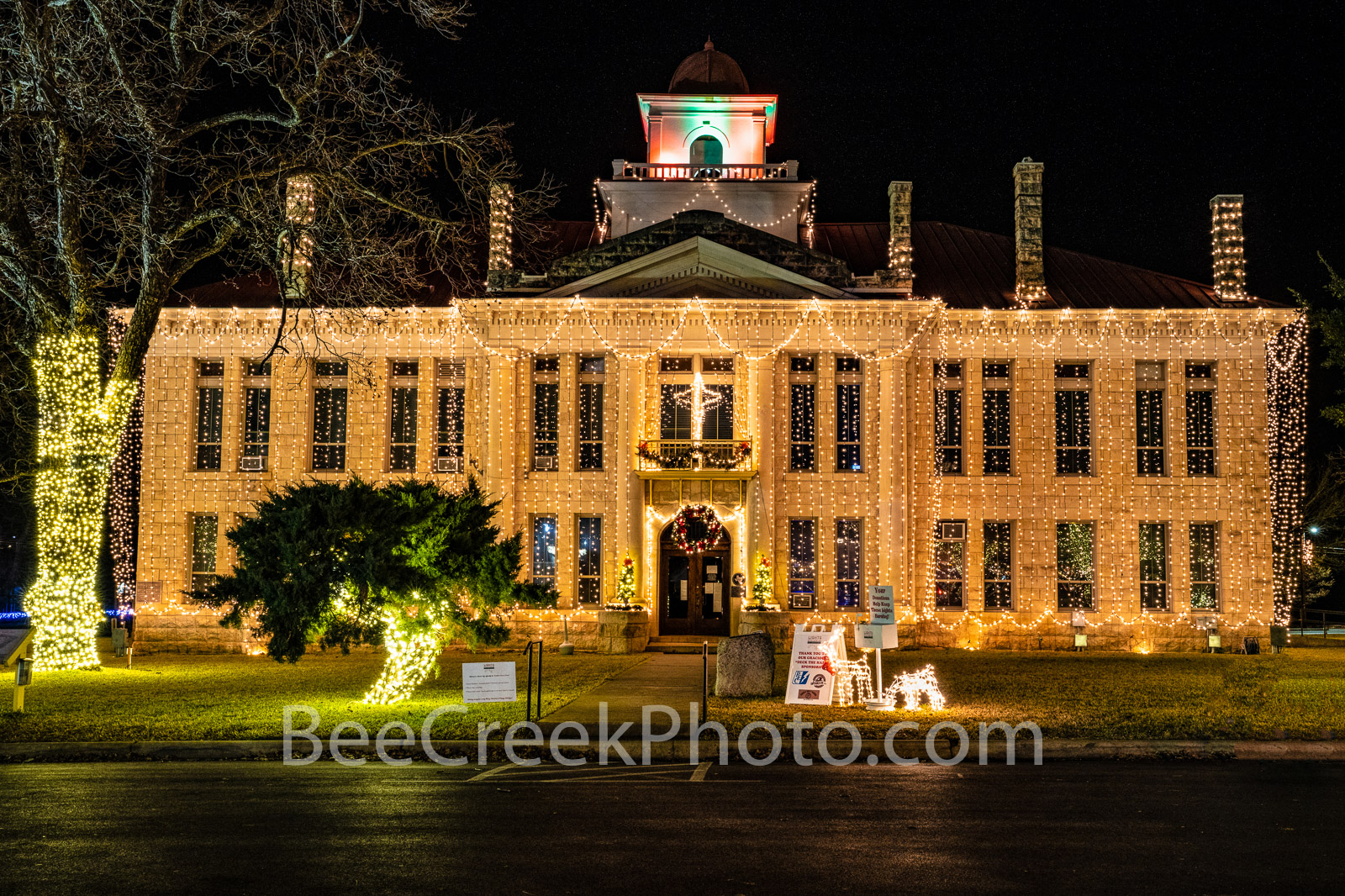 blanco county courthouse, christmas, blanco county courthouse christmas, texas courthouses, courthouse, texas, johnson city, county seat, texas hill country, hill country, christmas lights, , photo