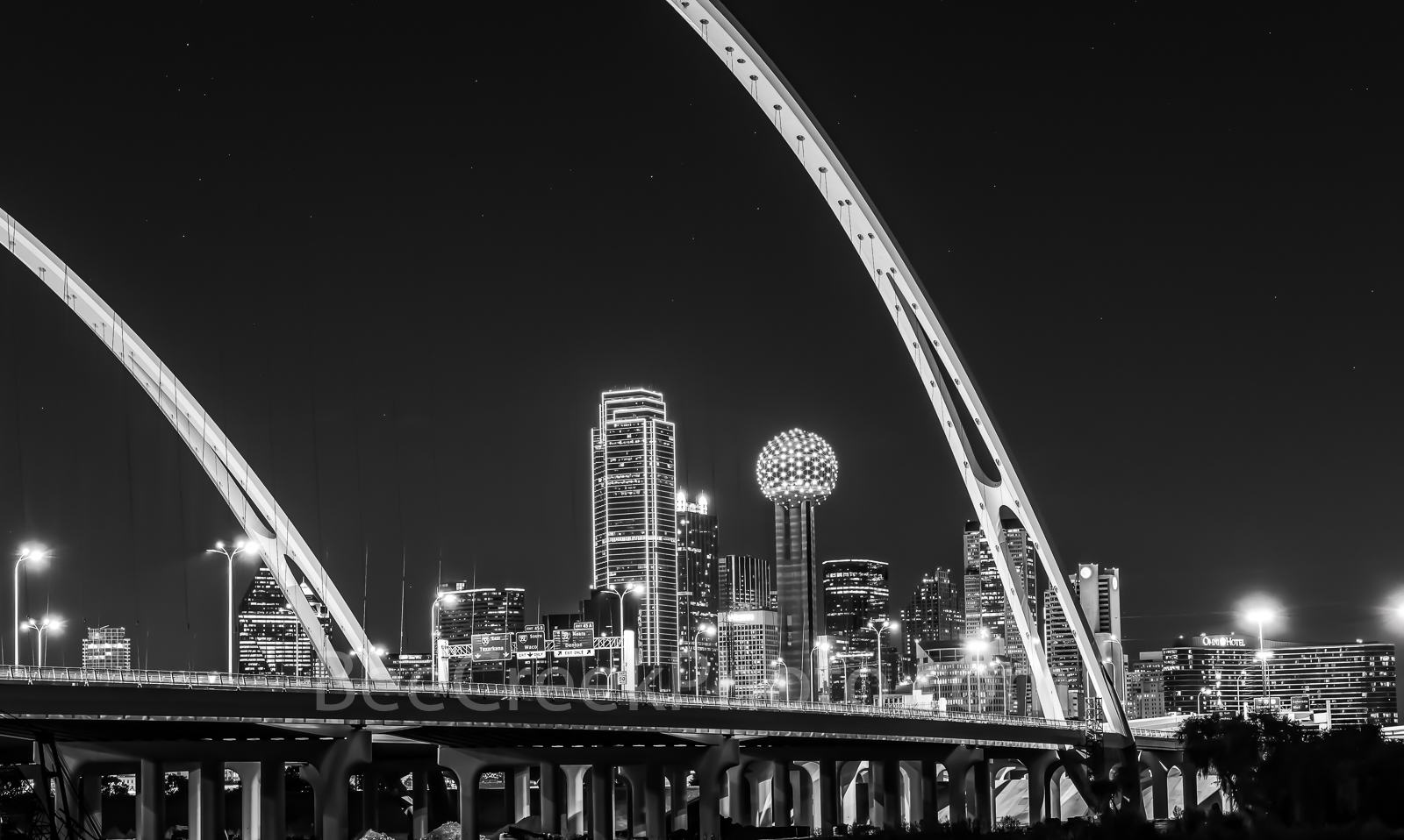 Dallas skyline, Margaret McDermott Bridge, black and white, BW, downtown, dark, steel bridge, suspended, arches, Trinity River,, IH30,  Trinity project, Santiago Calatrava, pedestrian, bike path, hike, photo