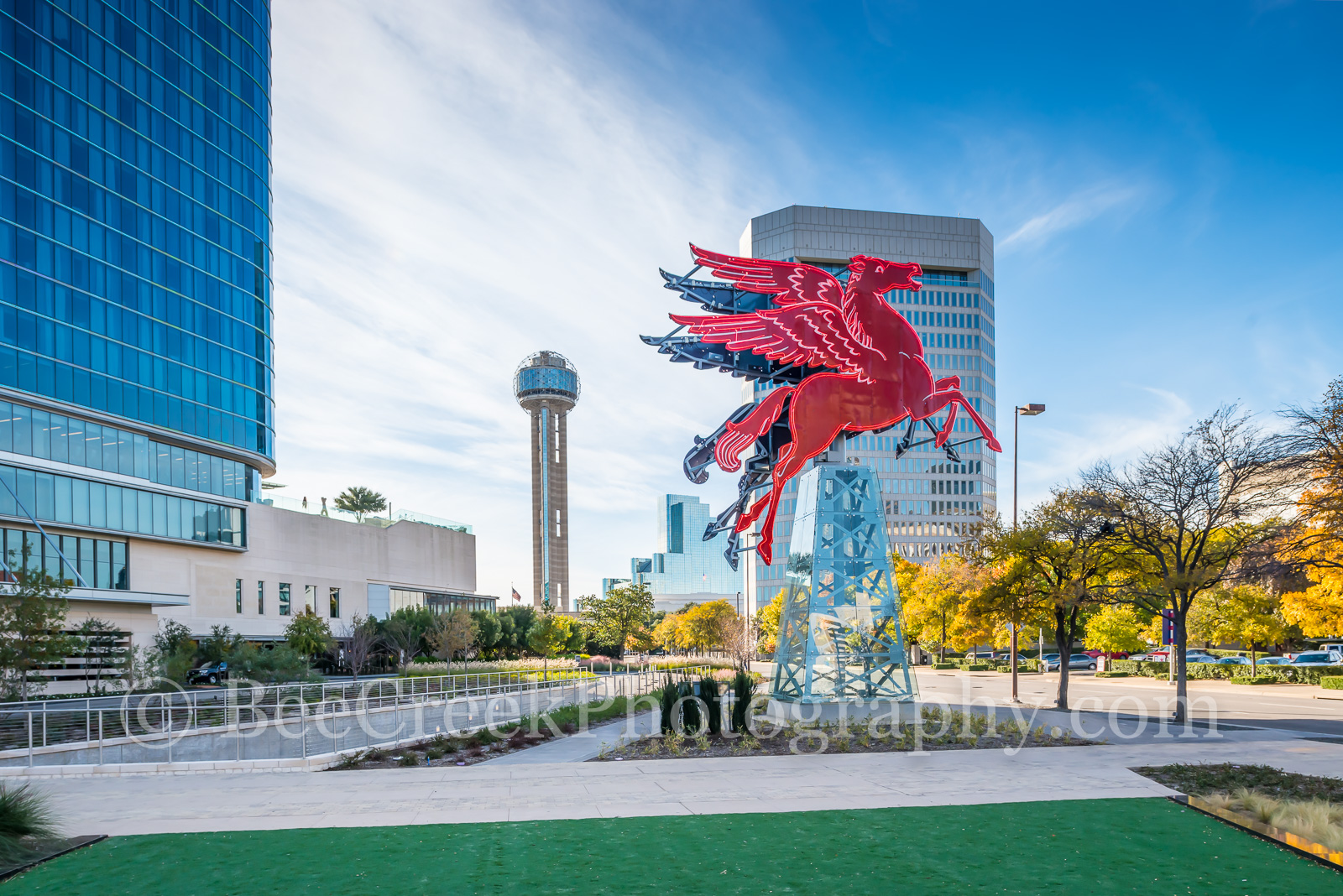 Dallas, Magnolia Hotel, Magnolia Oil company. symbol, Pegasus, cityscape, cityscapes, downtown, flying horse, neon, neon sign, oil derrick, red, photo