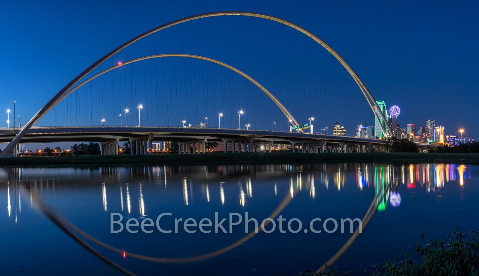 Dallas McDermontt bridge Reflection, Dallas, skyline, night, cityscape, Margaret McDermott Bridge, twilight, downtown, dark, steel bridge, suspended, two arches, Trinity River, I30, Trinity project, S