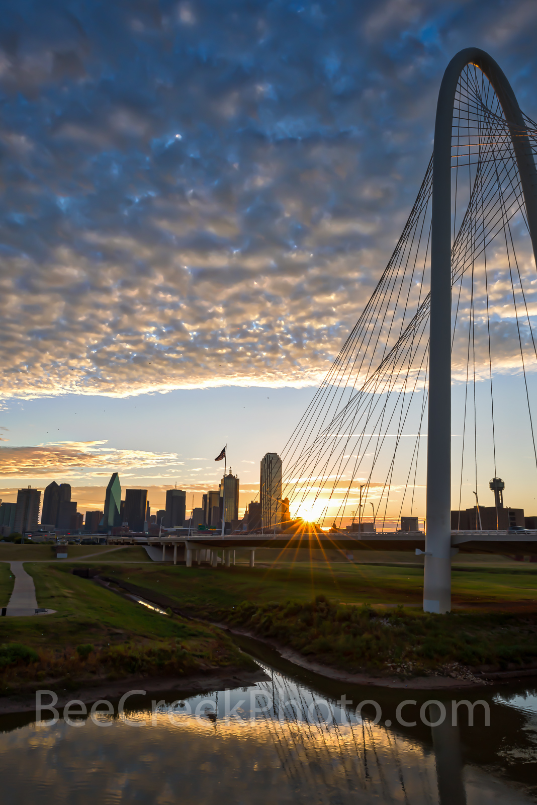 Dallas, Margaret Hunt Hill Bridge, downtown, sunrise, cityscape, high rise, buildings, city, Trinity river, clouds, Trinity project, Reunion Tower, Bank of America, Fountain Place, city, Dallas skylin, photo