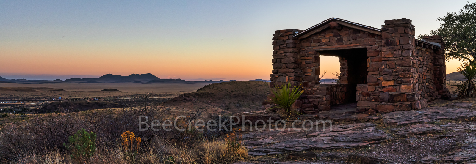 Davis Mountain Overlook, panorama, pano, sunset, colors, rock building, Texas landscape, mountain, Davis Mountain State Park, dusk, violet colors, orange, pinks, west texas, texan, usa, American lands, photo