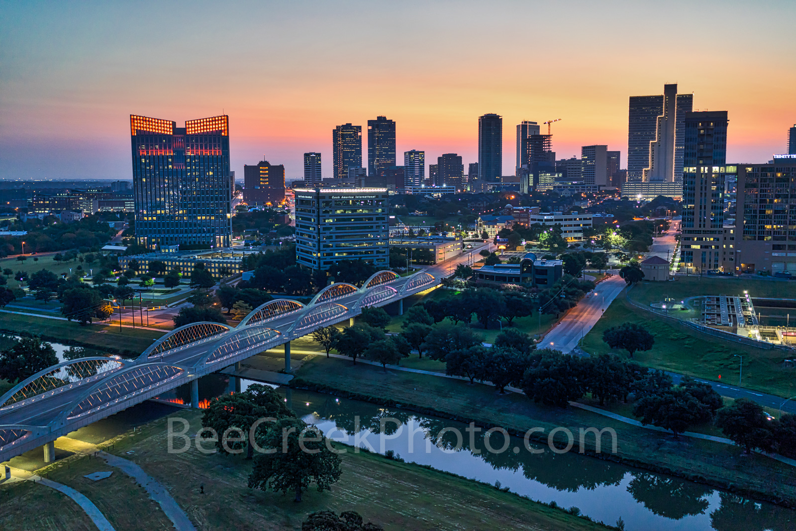 Fort Worth, Skyline, skylines, cityscape, cityscapes, Ft. Worth, downtown, sunrise, pink, seventh street bridge, 7th street bridge, Trinity river, Texas, city,, photo