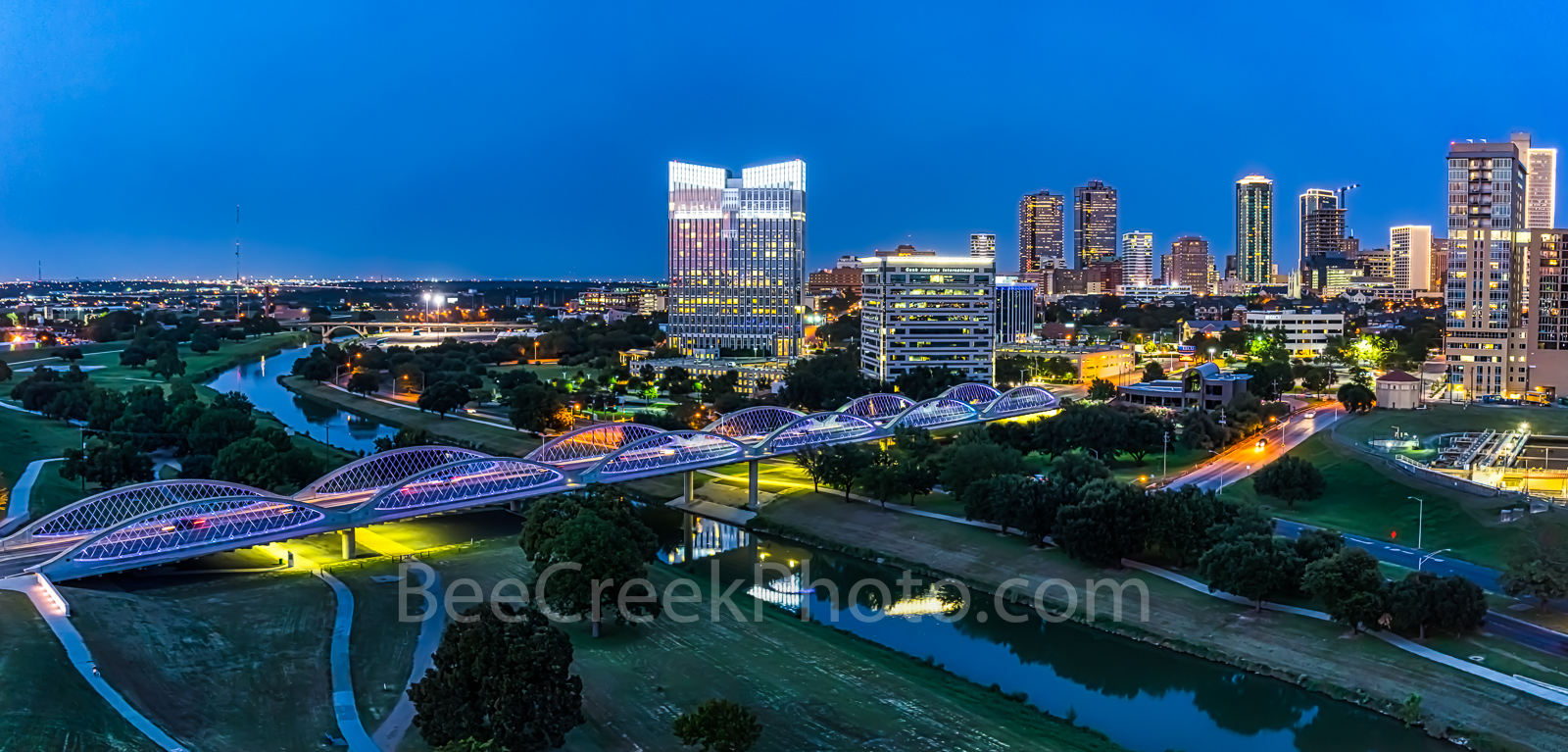 Fort Worth, Fort Worth skyline at twilight,   Fort Worth skyline, cityscape, cityscapes, downtown, blue hour, twillight, seventh street bridge, 7th street, Trinity river, panorama, pano, Tarrant count