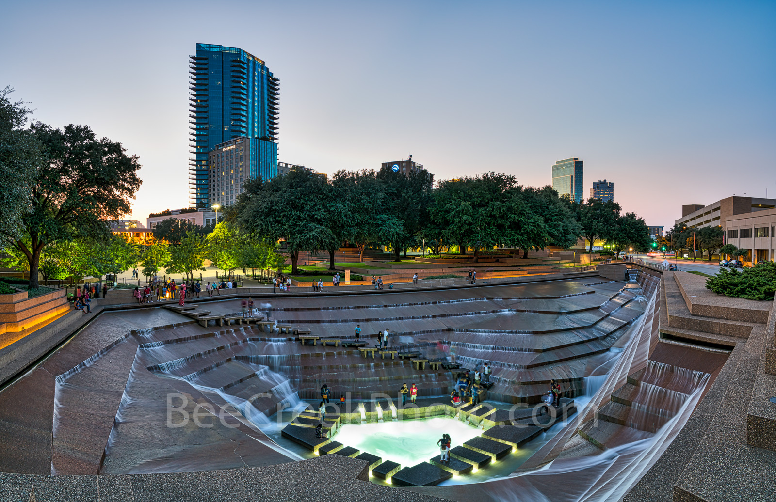 Fort Worth Water Garden at dusk, sunset, dusk, urban, cityscape, cityscapes, city, downtown, Amon Carter Foundation, architects,Philip Johnson, John Burgee, urban oasis, aerating pool, pool,people,  p, photo
