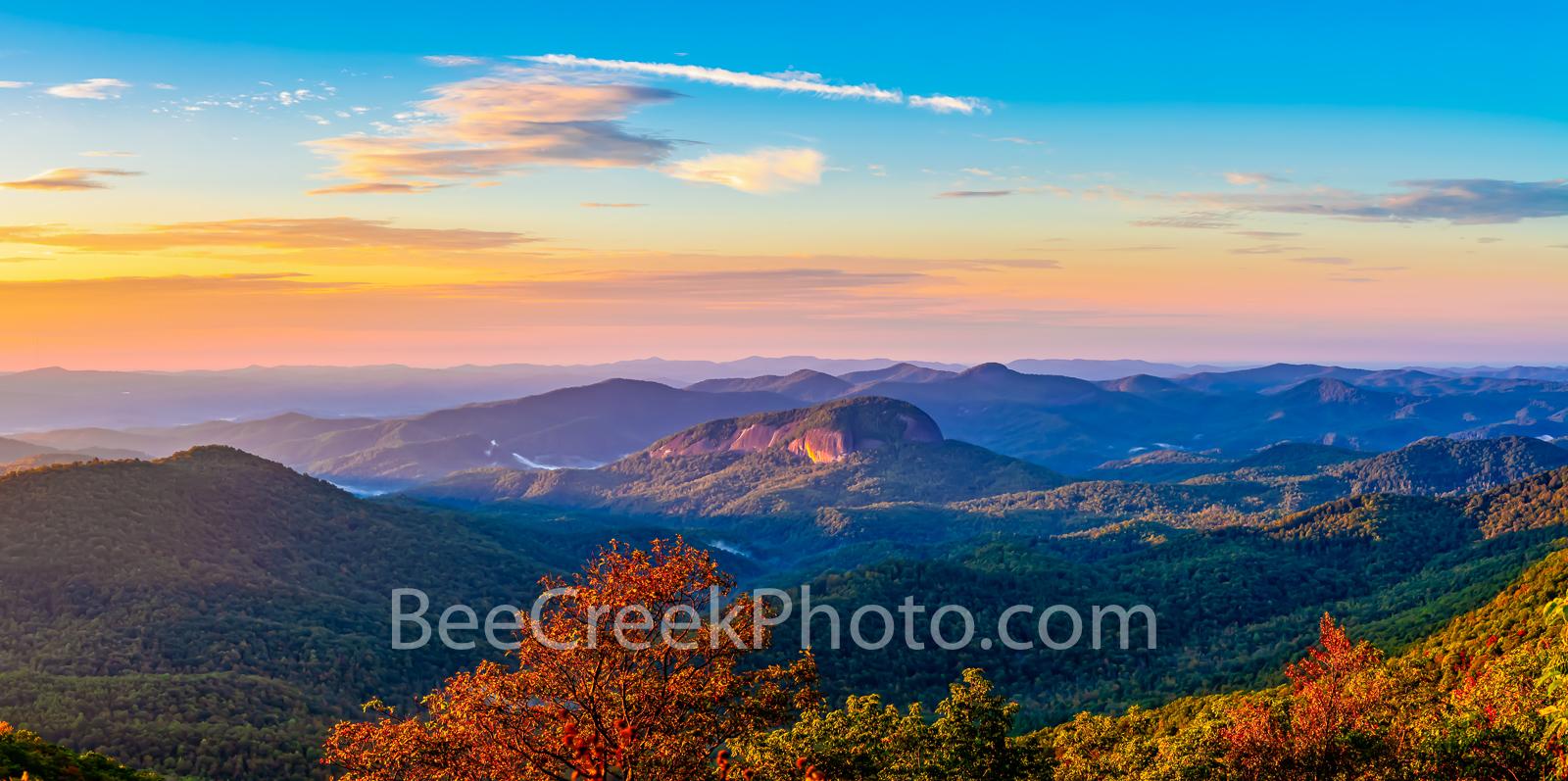 Smoky mountain, sunrise, tree, red, yellow, blue ridge parkway, overlook, valley, looking glass rock, blue ridge mountains, NC, Smoky Mountains National Park, scenic, autumn, vacation, travel, destina, photo