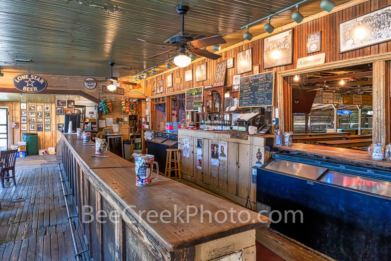 Gruene Hall, gruene saloon, Gruene Texas, dance hall, saloon, bar, town, community, Earnest Gruene, german, german town, Texas, texas hill country, visit, National Register of Historic Places,, photo