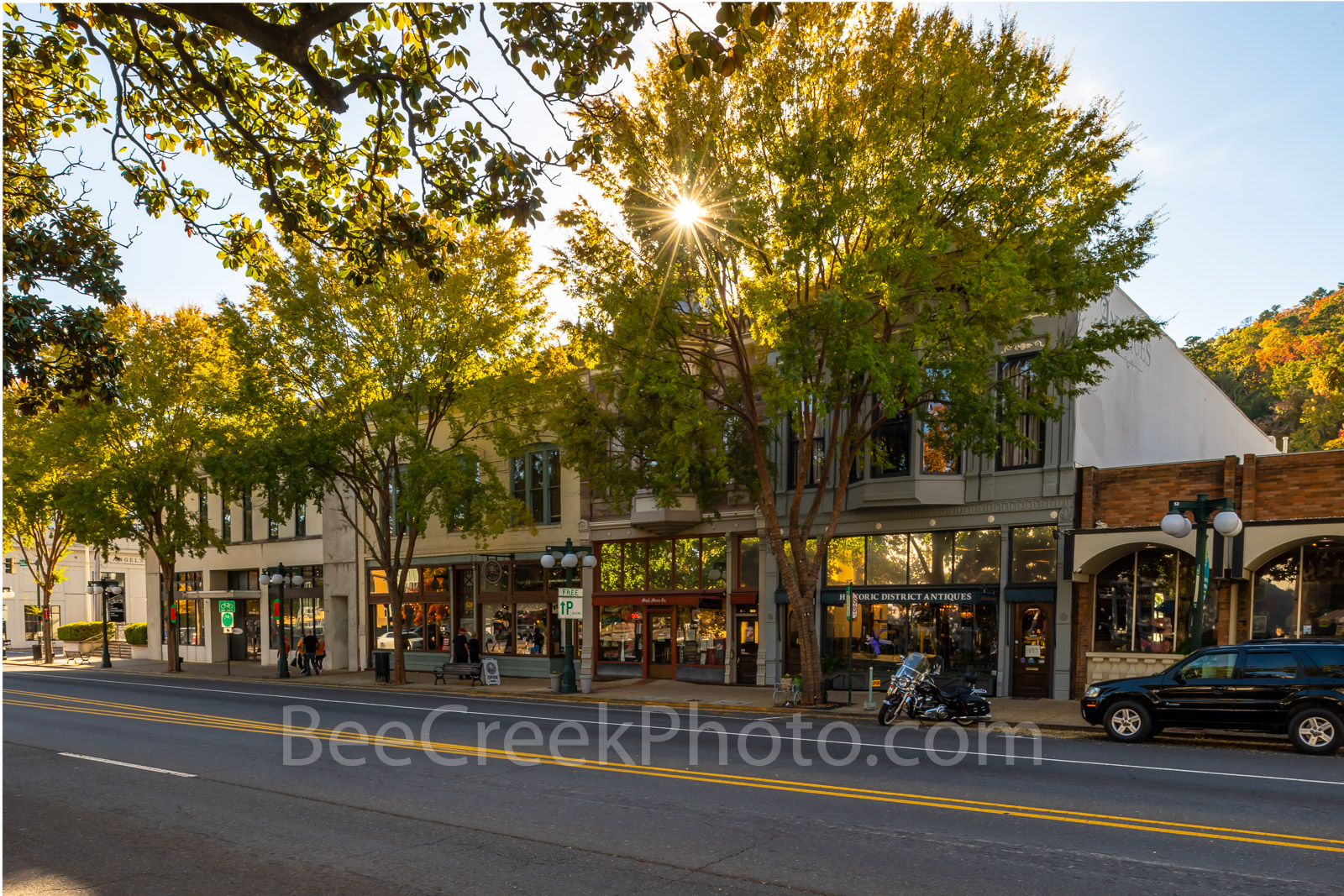 Hot Springs Central Avenue - Hot Springs is a city in the Ouachita Mountains of Arkansas. This capture is Hot Springs downtown...