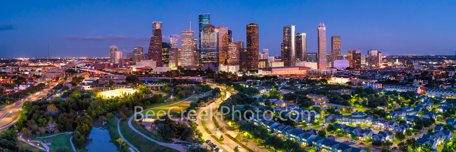 Houston skyline at twilight, Houston skyline, skyline, twilight, Houston skyline pictures, Houston skyline images, pictures of houston, aerial, panorama, pano, houston cityscape, city, cityscape, down, photo