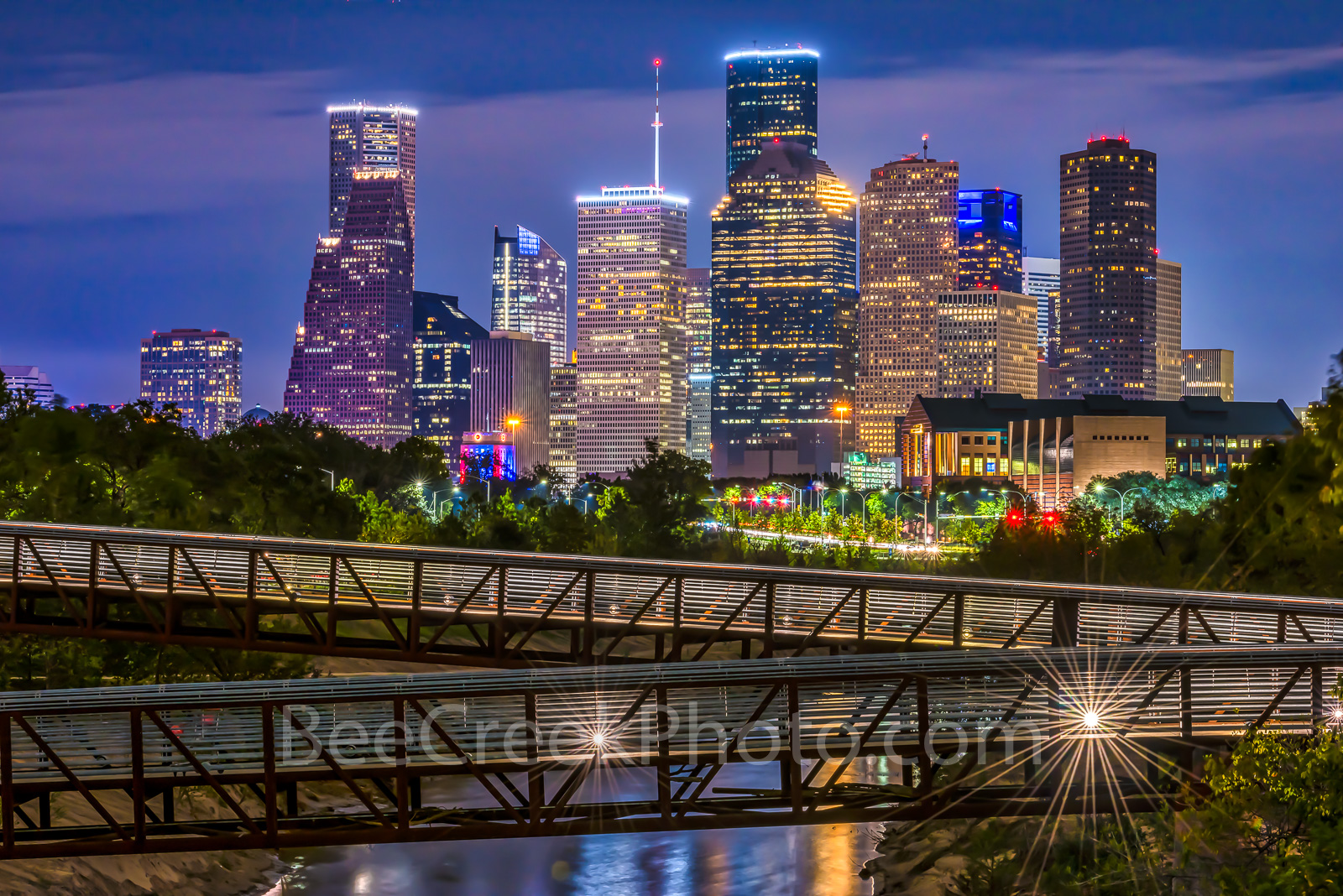houston skyline, Houston skyline pictures, image of houston skyline, rosemont, pedestrian bridge, buffalo bayou, twilight, downtown,night, city, parks, cultural events, theater district, sports, music, photo