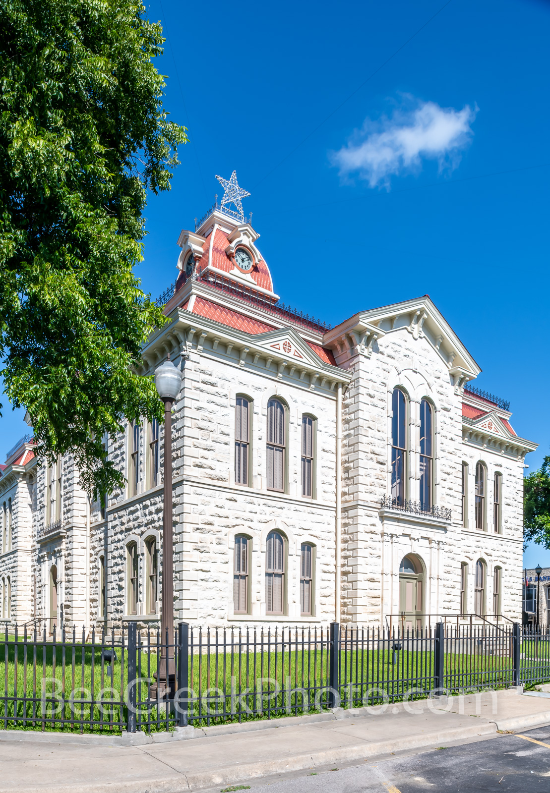 lampasas county courthouse, lampasas, court house, courthouses, texas hill country, texas, county courthouses, hill country, texas, rural, rural courthouse, trees,, photo
