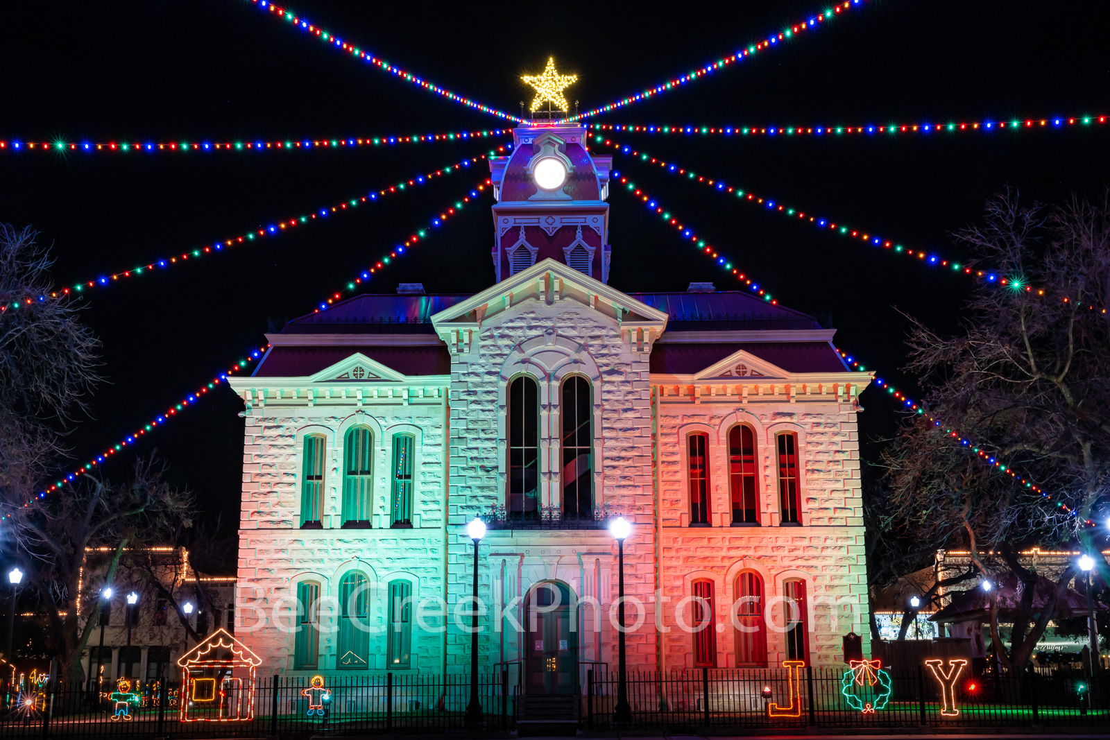 lampasas county courthouse, lampasas, court house, courthouses, texas hill country, texas, county courthouses, christmas, christmas lights, holidays, holiday lights, downtown lampasas, , photo