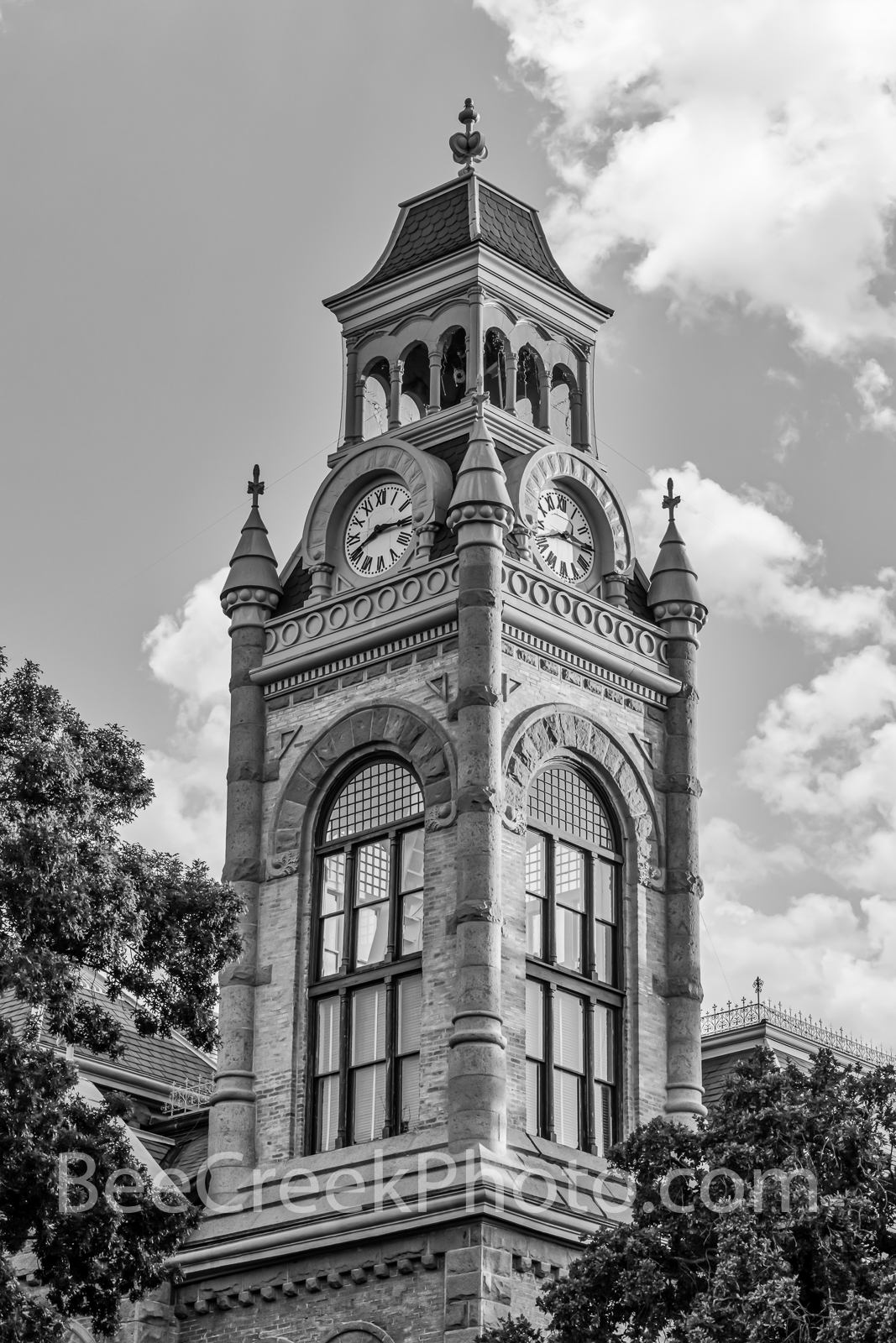 llano county courthouse, courthouse, texas courthouses, texas, county seat, llano, archtiectural, romanesque revival, b w, black and white, vertical,national register of historic places , historic, , photo