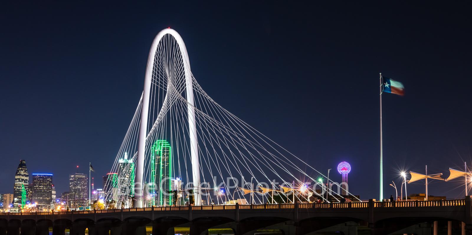 Margaret Hunt Hill Bridge, night, dallas skyline, Dallas pictures, continental bridge, ron kirk bridge, hunt hill bridge, pedestrian bridge, Reunion Tower, bank of america, image of dallas, dallas pho, photo