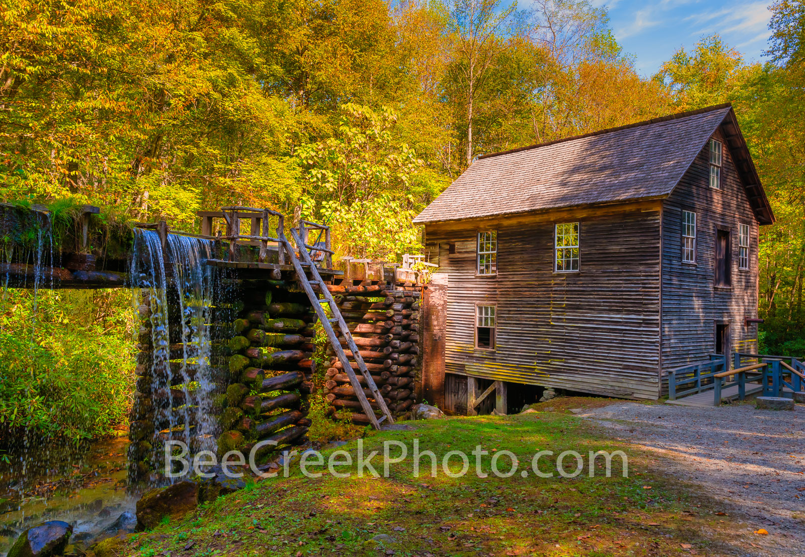 Mingus Mill, Smoky Mountains, gristmill, turbine, fall colors, autumn, waterfall, waterwheel, water, cascading, wooden flume,, photo