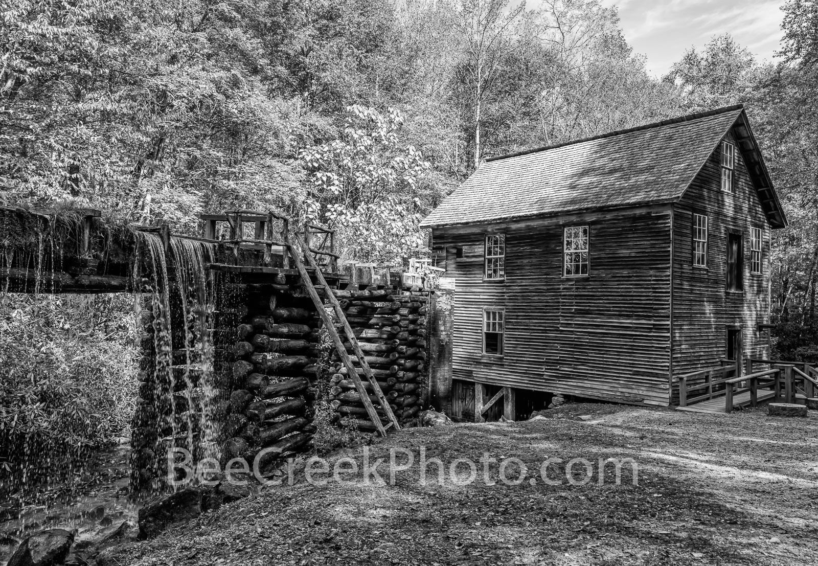 Mingus Mill, Smoky Mountains, gristmill, turbine, black and white, b w, autumn, waterfall, waterwheel, water, cascading, wooden flume,, photo