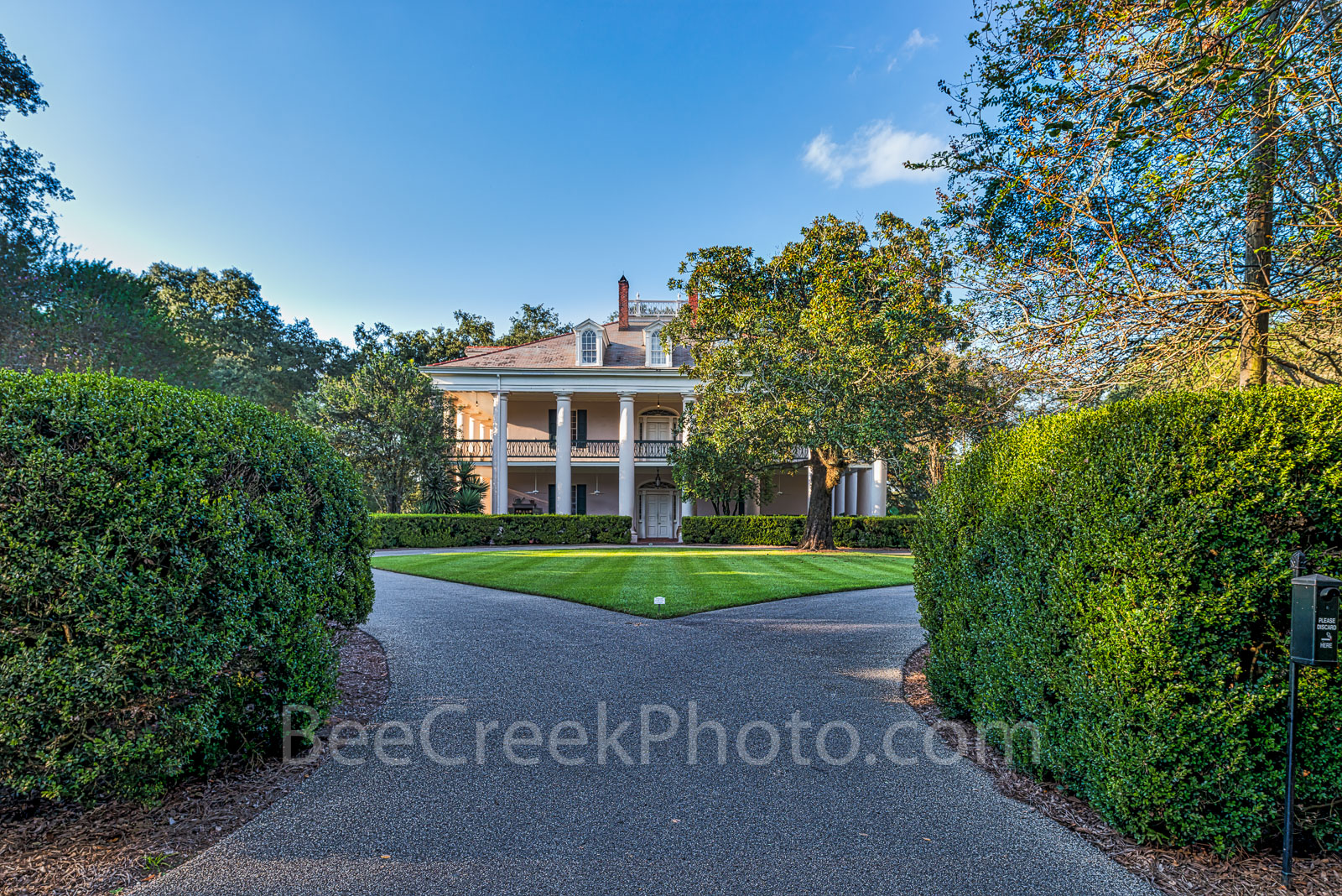 Lousiana, Oak Alley, grounds, mansion, plantation, tourist, photo