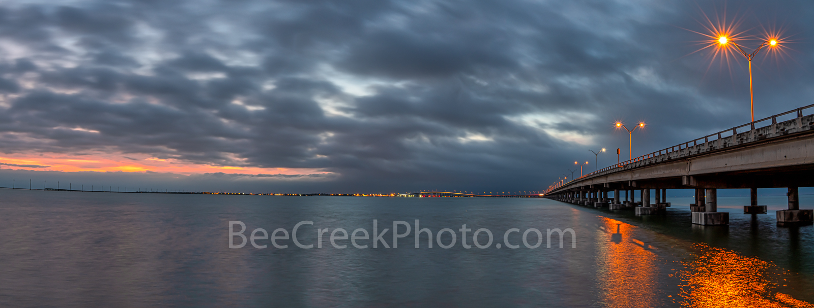 Queen Isabella Causeway, twilight, dark, south padre island, laguna madre, pano, panorama,