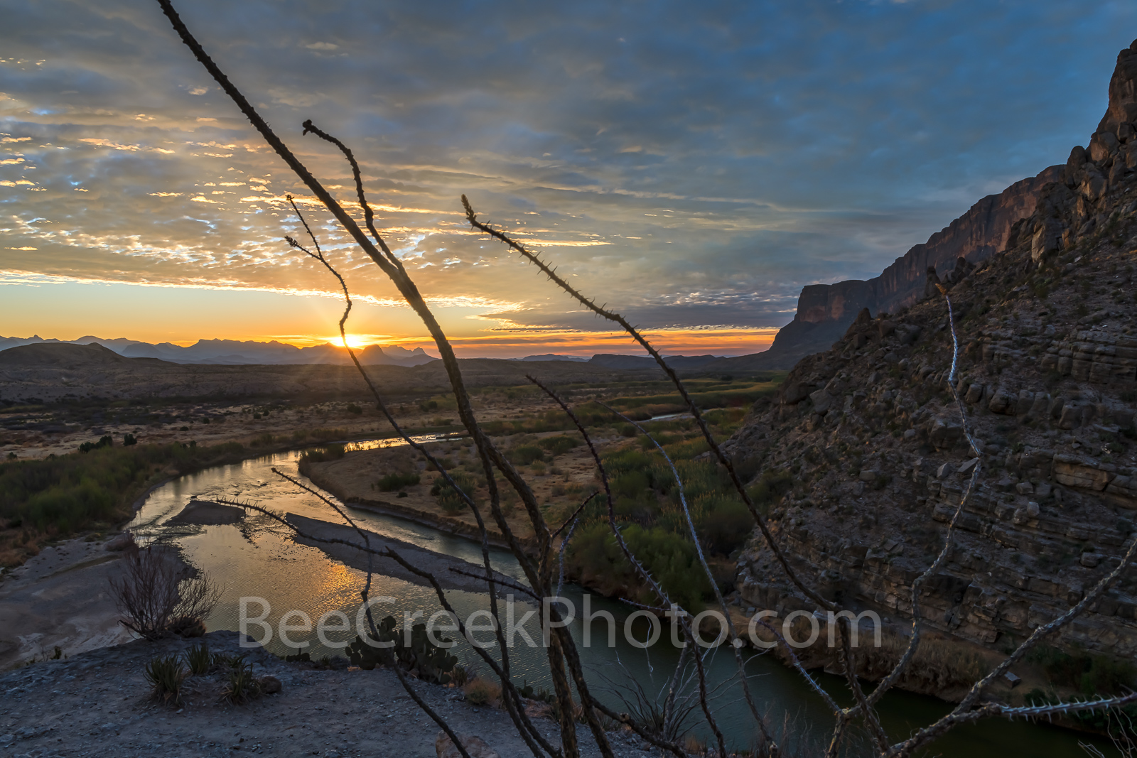 Santa Elena Canyon Sunrise2, Santa Elena Canyons, sunrise, morning glow, rays, Rio Grande river, morning, Octillo, morning, Ross Maxwell Scenic Drive, Big Bend National Park, Texas, texas landscape, B, photo