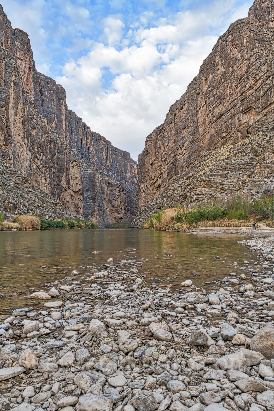 Santa Elena Canyon, Big bend national park, texas landscape, verticle, river rocks, blue sky, nice clouds, canyons, mountains, Mexic, photo
