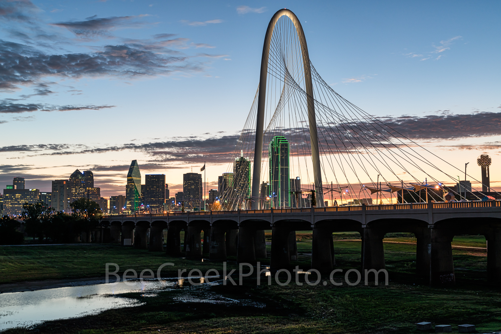 Dallas, Margaret Hunt Hill Bridge, dallas tx, downtown dallas, dallas skyline,  bridge, skyline, glow, sunrise, cityscape, bank of america, reunion tower, skyscrapers, Continental Avenue bridge, Ron K, photo