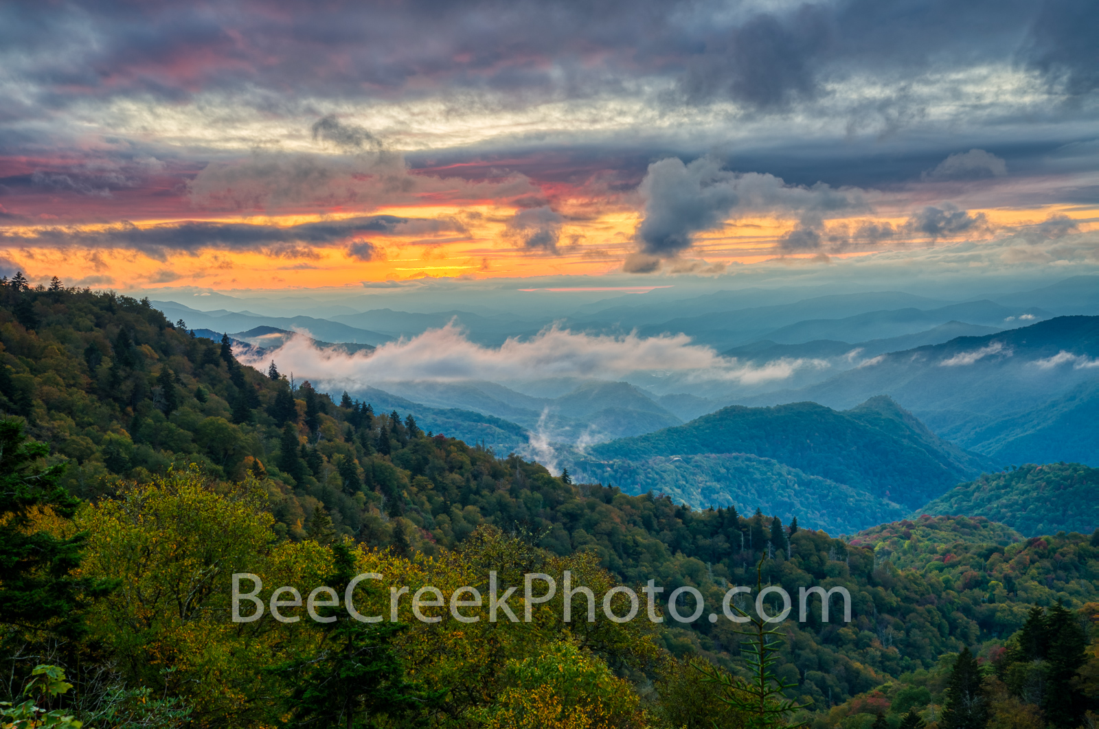 Sunset at Blue Ridge Mountains - Shortly after sunset when colors were still peeking through the clouds you can see the ridge...